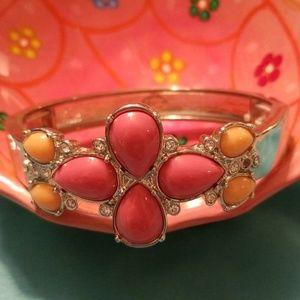 Flowered silver cuff Bracelet